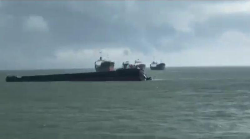 https: img-k.okeinfo.net content 2018 12 25 340 1995889 kapal-mv-amanda-berbendera-palau-tenggelam-di-perbatasan-malaysia-indonesia-prmPwc1Nj6.jpg