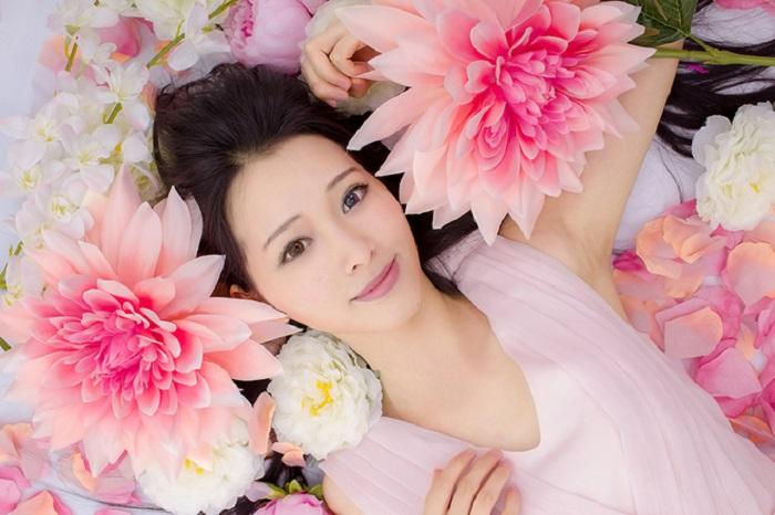 https: img-k.okeinfo.net content 2018 12 25 611 1995619 8-cara-agar-punya-kulit-cantik-seperti-wanita-korea-beda-tipis-dengan-idol-k-pop-mOJyo9agYt.jpg
