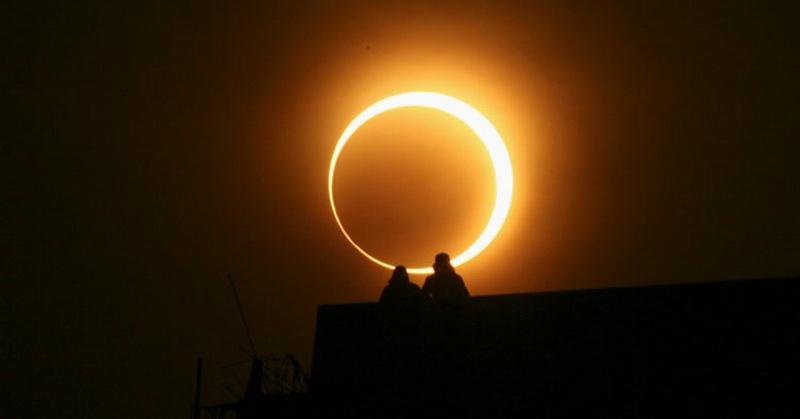 https: img-k.okeinfo.net content 2018 12 27 56 1996497 gerhana-matahari-cincin-diprediksi-terjadi-desember-2019-56eJVGDiZY.jpg