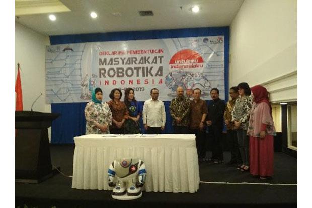 https: img-k.okeinfo.net content 2019 01 10 65 2002587 masyarakat-robotika-indonesia-dideklarasikan-GKm4IOszIr.jpg