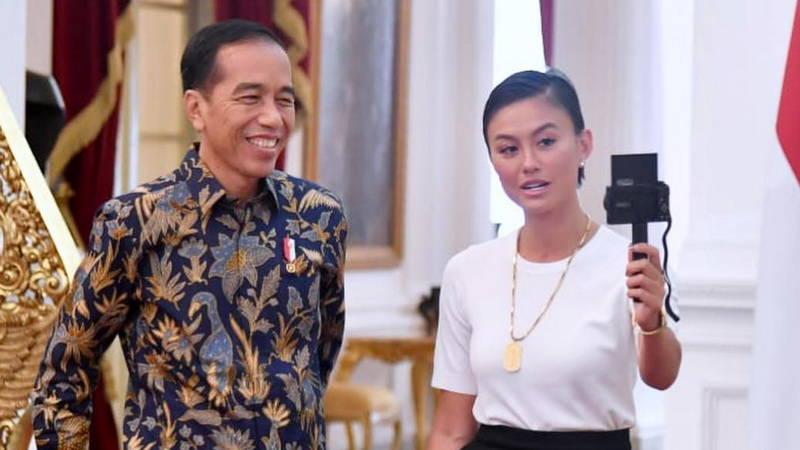 Image result for Temui Presiden Jokowi, Agnez Mo
