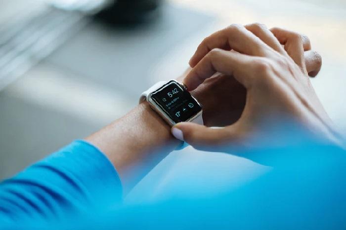 https: img-k.okeinfo.net content 2019 01 11 57 2003040 fokus-kesehatan-apple-tambah-fitur-pantau-glukosa-di-apple-watch-A10CQtfG2E.jpg