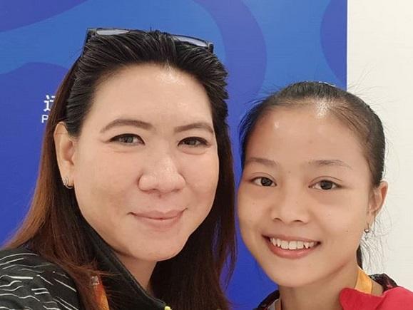 https: img-k.okeinfo.net content 2019 01 14 40 2003967 kegembiraan-susy-susanti-atas-kemenangan-fitrani-di-thailand-masters-2019-TjcFYjHbIs.jpg