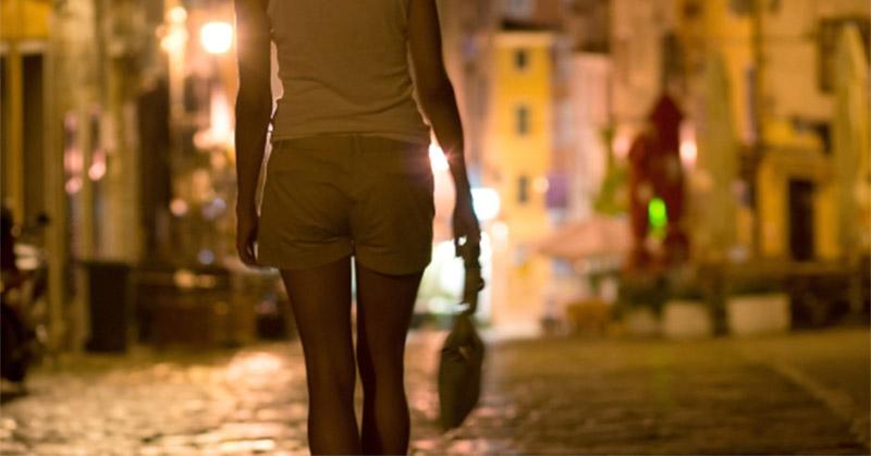 https: img-k.okeinfo.net content 2019 01 14 519 2004270 kamis-dua-artis-akan-penuhi-panggilan-polisi-terkait-prostitusi-online-f7VunspR5r.jpg