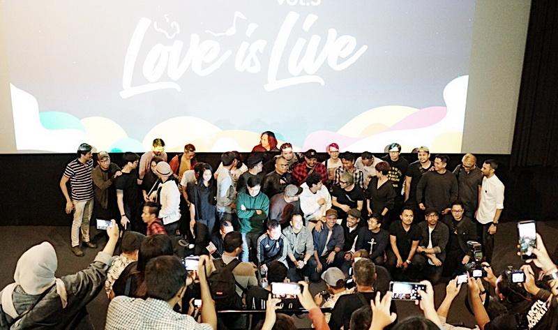 https: img-k.okeinfo.net content 2019 01 15 205 2004928 9-band-indonesia-bakal-reuni-di-konser-love-festival-Sn9Qe1mMT9.jpg