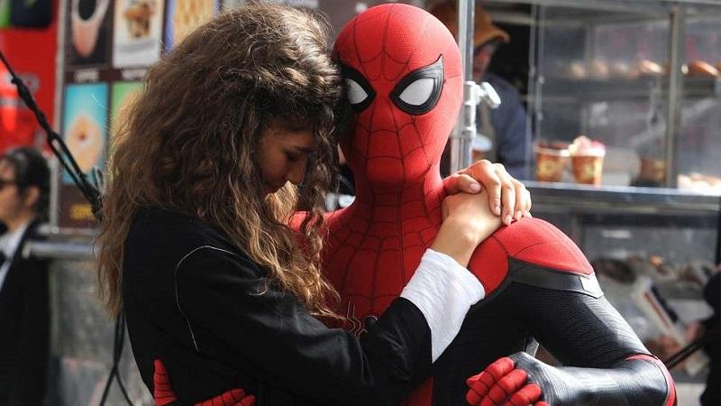 https: img-k.okeinfo.net content 2019 01 15 206 2004970 intip-berbagai-keseruan-dari-trailer-baru-spider-man-far-from-home-OlVKxSRkRV.jpg
