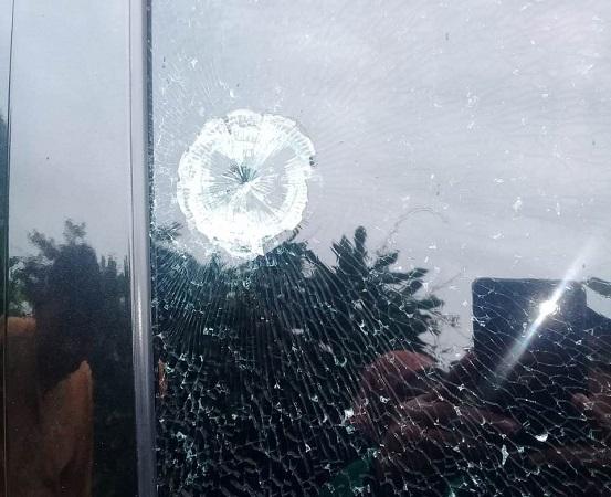 https: img-k.okeinfo.net content 2019 01 15 338 2004679 mobil-ustazah-ditembak-ibu-ibu-yang-sedang-mengaji-langsung-keluar-ruangan-r4PKtMmW8N.jpg