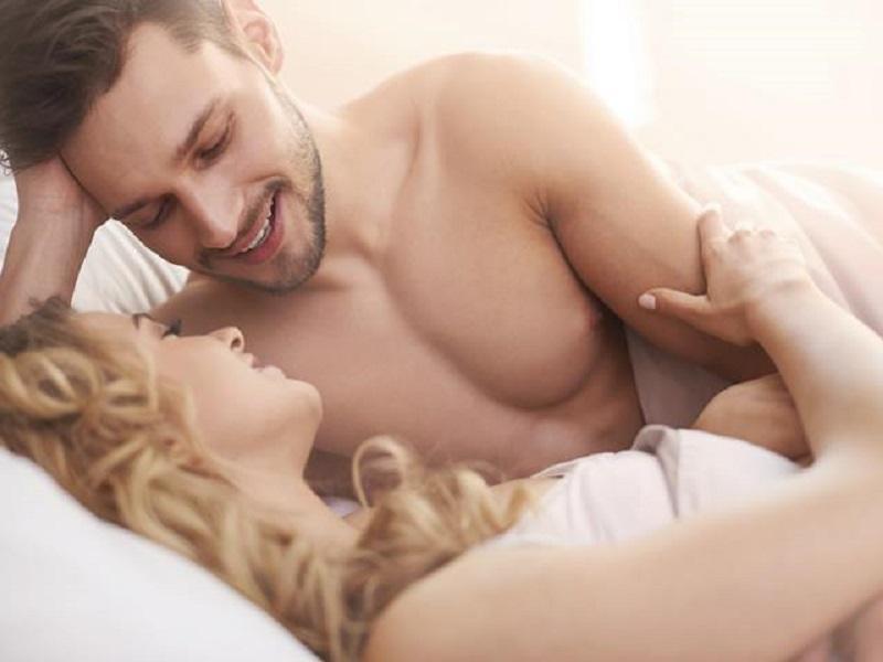 https: img-k.okeinfo.net content 2019 01 15 485 2004942 pria-harus-lakukan-4-hal-ini-usai-berhubungan-seks-makin-intim-Ybk2XWkwyc.jpg