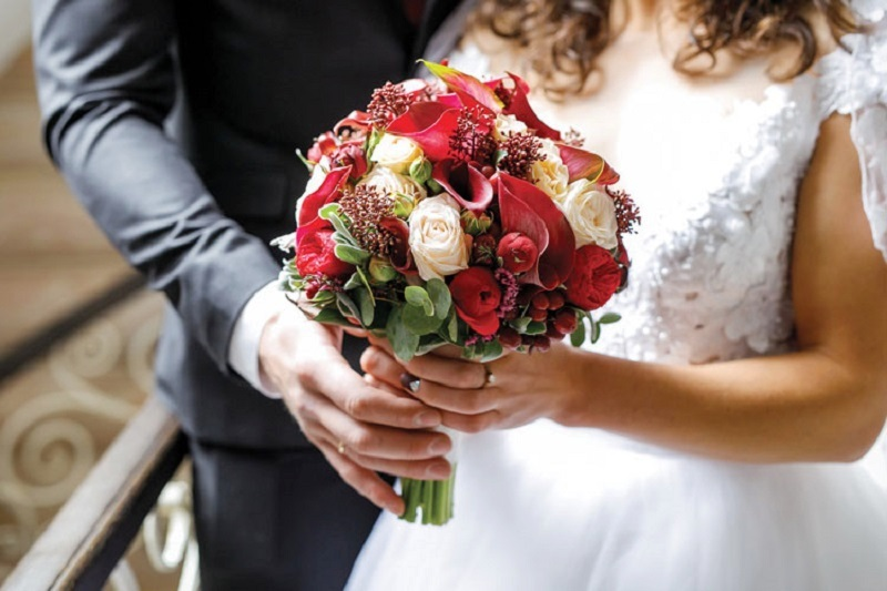 https: img-k.okeinfo.net content 2019 01 15 510 2004629 banyak-kasus-hamil-duluan-permintaan-dispensasi-pernikahan-dini-meningkat-9RYAitQImh.jpg