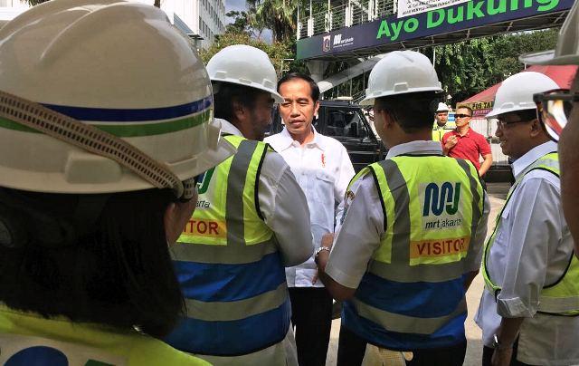 https: img-k.okeinfo.net content 2019 01 19 525 2006715 presiden-jokowi-akan-bangun-perumahan-subsidi-untuk-berbagai-komunitas-ajuInQNWZ4.jpg