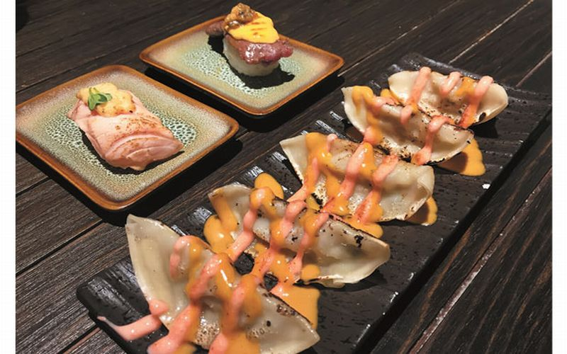 https: img-k.okeinfo.net content 2019 01 21 298 2007429 mencicipi-fushion-sushi-terbaru-QKopLWaCPl.jpg