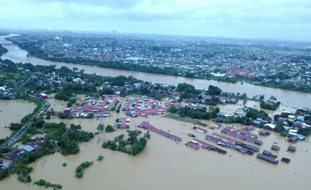 https: img-k.okeinfo.net content 2019 01 23 609 2008391 13-792-hektare-padi-di-sulsel-terancam-gagal-panen-imbas-terendam-banjir-hGjAsThvdk.jpg