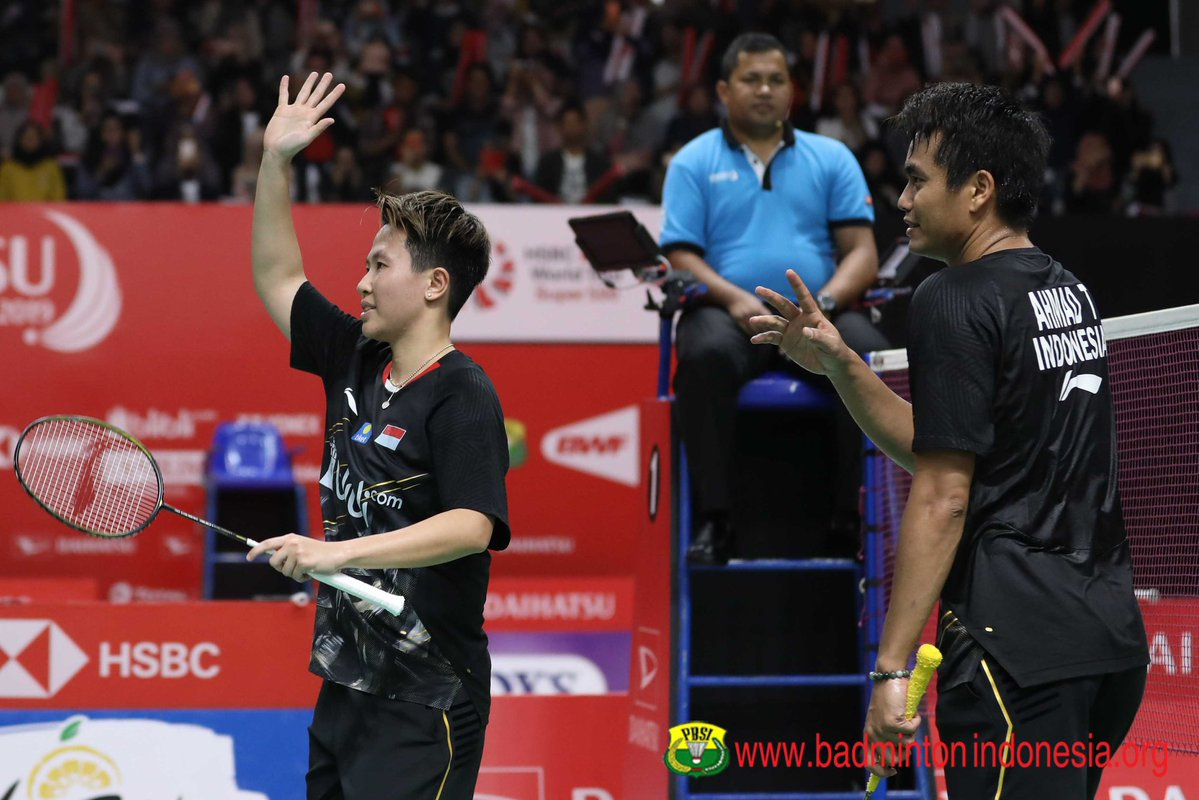 https: img-k.okeinfo.net content 2019 01 28 40 2010165 cerita-haru-liliyana-natsir-tutup-karier-di-indonesia-masters-2019-HDUPycPNVs.jpg