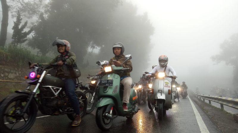 https: img-k.okeinfo.net content 2019 01 29 15 2010833 angka-kecelakaan-tinggi-1-000-bikers-milenial-tanamkan-road-safety-di-jalan-raya-6pYIpRARiv.jpg