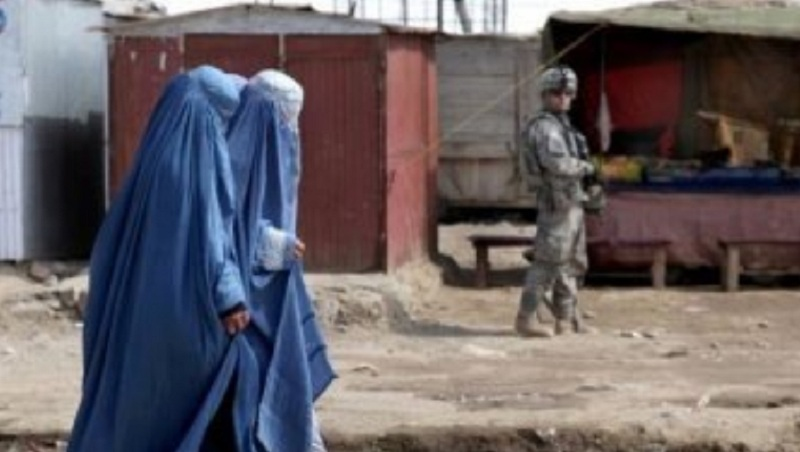 https: img-k.okeinfo.net content 2019 01 30 18 2011204 pria-afghanistan-enggan-perempuan-di-negaranya-lebih-bebas-whE6I7tmix.jpg