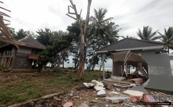 https: img-k.okeinfo.net content 2019 02 01 320 2012494 ada-ikan-makan-korban-tsunami-kkp-itu-berita-bohong-nV5lF43Zh6.jpg