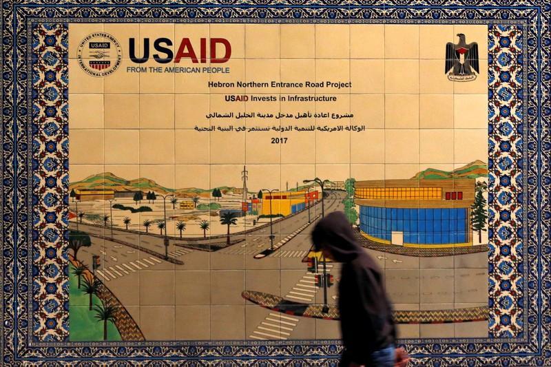 https: img-k.okeinfo.net content 2019 02 02 18 2012867 usaid-hentikan-semua-bantuan-untuk-warga-palestina-di-tepi-barat-dan-gaza-jNe7578JYQ.jpg
