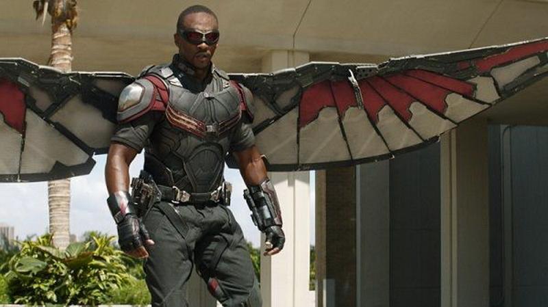 https: img-k.okeinfo.net content 2019 02 03 206 2013171 falcon-mati-di-avengers-anthony-mackie-nganggur-T6m0cv4nXr.jpg