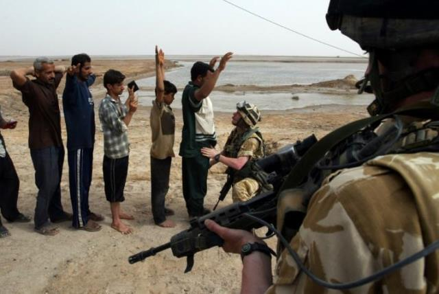 https: img-k.okeinfo.net content 2019 02 04 18 2013744 laporan-investigasi-sebut-tentara-inggris-dapat-izin-membunuh-warga-sipil-irak-dan-afghanistan-uHsx7K7rCv.jpg