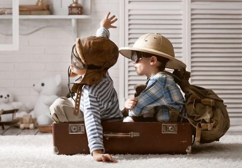 https: img-k.okeinfo.net content 2019 02 06 196 2014225 ayah-vs-ibu-siapa-yang-lebih-bahagia-kala-urus-anak-32kOXxC3eR.jpg