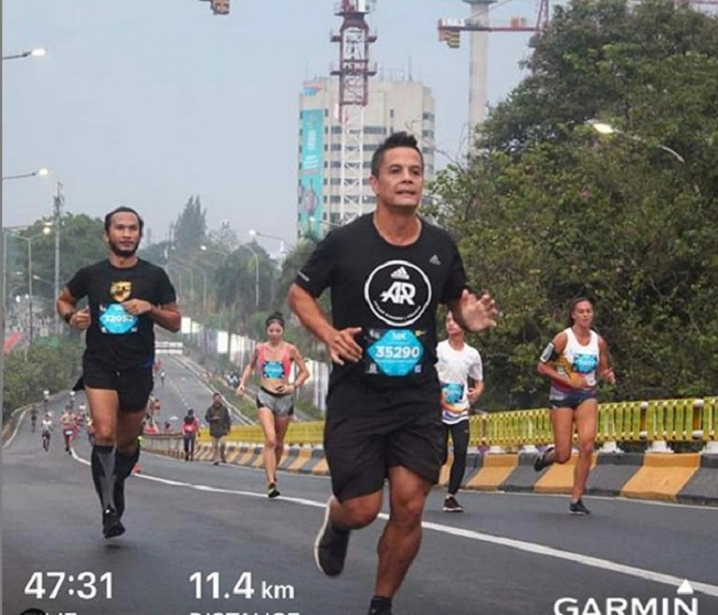 https: img-k.okeinfo.net content 2019 02 06 481 2014584 matias-ibo-bagikan-tips-menangani-cedera-saat-lari-maraton-seperti-apa-sbHI3y3YaU.jpg