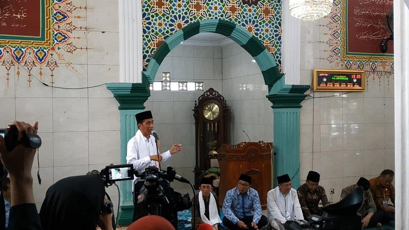 https: img-k.okeinfo.net content 2019 02 08 605 2015286 silaturahmi-ke-muslimat-nu-ulama-cianjur-jokowi-didoakan-lanjut-2-periode-aRnixeIvn2.jpg