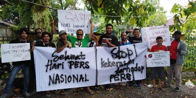 https: img-k.okeinfo.net content 2019 02 09 340 2015728 ragam-unek-unek-jurnalis-papua-di-hari-pers-nasional-2019-I7q2ZIoqAI.jpg