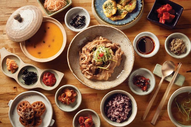 https: img-k.okeinfo.net content 2019 02 11 298 2016549 5-restoran-korea-enak-di-jakarta-yang-wajib-dicoba-tPenr5bqA7.jpg