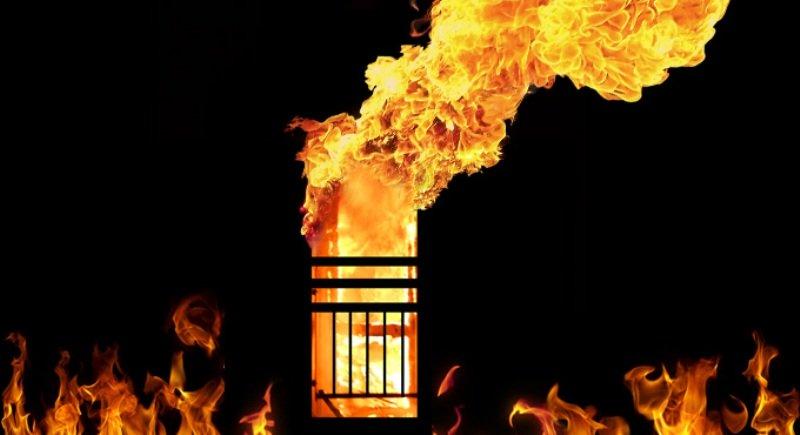 https: img-k.okeinfo.net content 2019 02 12 18 2016773 kebakaran-hotel-di-new-delhi-tewaskan-sembilan-orang-termasuk-anak-anak-GOzdny4SUE.jpg