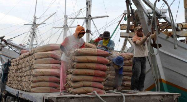 https: img-k.okeinfo.net content 2019 02 12 278 2016743 akuisisi-holcim-semen-indonesia-targetkan-ekspor-5-juta-ton-semen-EV6dDB4gFt.jpg