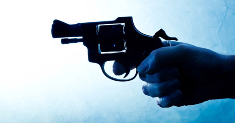 https: img-k.okeinfo.net content 2019 02 12 340 2016842 polisi-di-jambi-tewas-diduga-tertembak-rekannya-saat-peragaan-bongkar-pasang-senjata-ZphUZ4S9dB.jpg