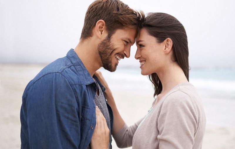 https: img-k.okeinfo.net content 2019 02 13 196 2017424 4-hal-dari-perempuan-yang-bikin-pria-mudah-jatuh-cinta-U0k96N57NM.jpg