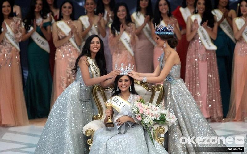 https: img-k.okeinfo.net content 2019 02 16 194 2018930 smiling-all-the-time-gelar-miss-indonesia-2019-tak-jadi-beban-bagi-princess-megonondo-dpGaLCwNUa.jpg