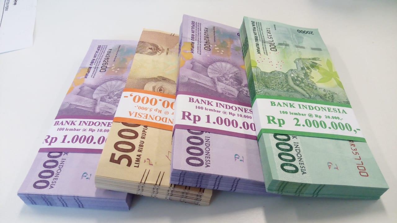 https: img-k.okeinfo.net content 2019 02 20 278 2020397 rupiah-makin-kokoh-di-level-rp14-040-usd-ivB31Hl2YT.jpeg