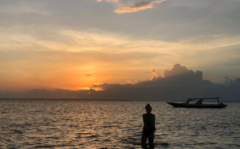 https: img-k.okeinfo.net content 2019 02 20 612 2020394 lombok-riwayatmu-kini-kisah-perjuangan-warga-lombok-pasca-gempa-28G0dzoaCs.jpg