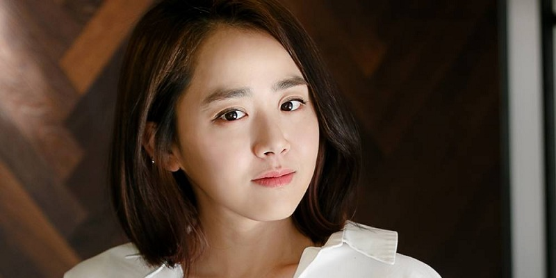 https: img-k.okeinfo.net content 2019 02 27 598 2023497 pulih-dari-sakit-moon-geun-young-siap-comeback-ke-layar-kaca-su9Cq0J2n8.jpg