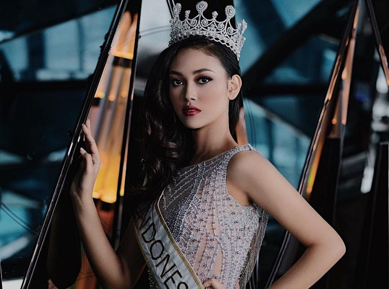 https: img-k.okeinfo.net content 2019 03 01 194 2024695 melaju-di-ajang-miss-world-ini-yang-jadi-target-princess-megonondo-wXezaqrTcZ.jpg