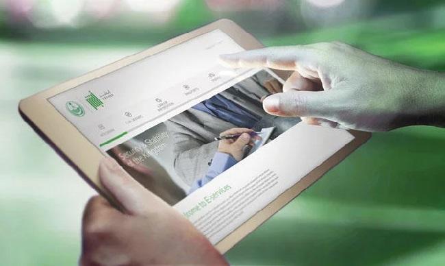 https: img-k.okeinfo.net content 2019 03 04 207 2025576 aplikasi-pelacak-wanita-di-arab-saudi-capai-11-6-juta-pengguna-40gC5zfYKK.jpg