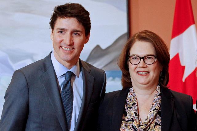 https: img-k.okeinfo.net content 2019 03 05 18 2026027 tak-percaya-cara-pemerintah-atasi-skandal-suap-menteri-keuangan-kanada-berhenti-aHO9PChAAD.jpg