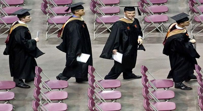 https: img-k.okeinfo.net content 2019 03 07 65 2027002 jelajahi-perguruan-tinggi-favorit-cukup-lihat-akun-sosial-medianya-x4WQM3HKX3.jpg
