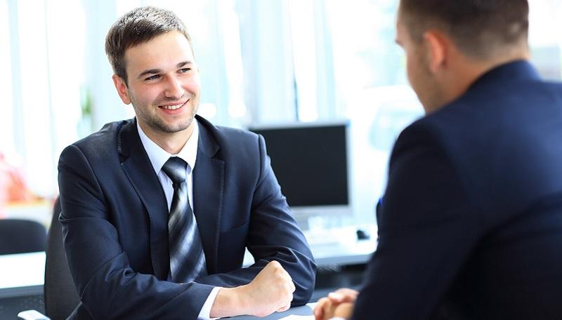 https: img-k.okeinfo.net content 2019 03 10 65 2028049 tips-memperkenalkan-diri-saat-wawancara-kerja-iYkEfXC4UG.jpg