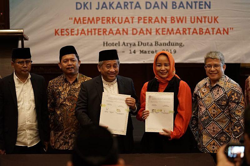 https: img-k.okeinfo.net content 2019 03 13 278 2029533 perluas-pasar-modal-syariah-mnc-sekuritas-gandeng-badan-wakaf-indonesia-2nFMlGa1nh.jpg