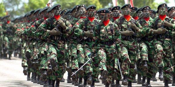 https: img-k.okeinfo.net content 2019 03 13 340 2029592 mimpi-pemuda-suku-anak-dalam-jadi-prajurit-tni-ad-yvi7rhGpJL.jpg