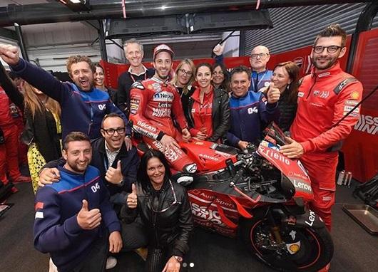 https: img-k.okeinfo.net content 2019 03 14 38 2030172 juara-motogp-qatar-dovizioso-harap-motornya-lebih-cepat-di-argentina-QKoW839HPE.jpg