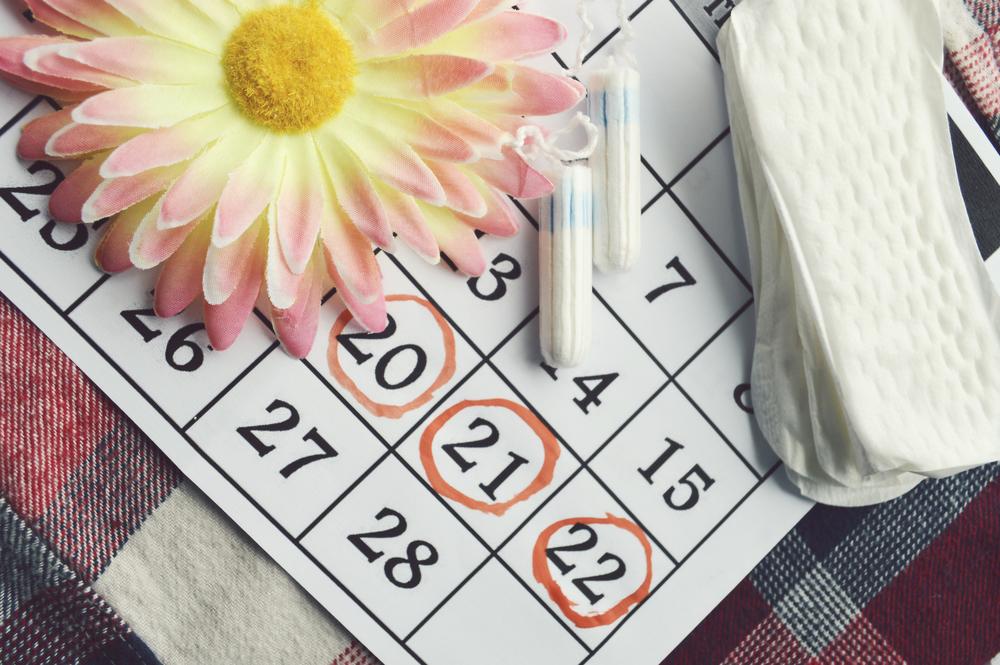 https: img-k.okeinfo.net content 2019 03 17 481 2031134 berkaca-dari-lucinta-luna-bisakah-menstruasi-di-tanggal-yang-sama-tiap-bulan-spNBXwCx9t.jpg