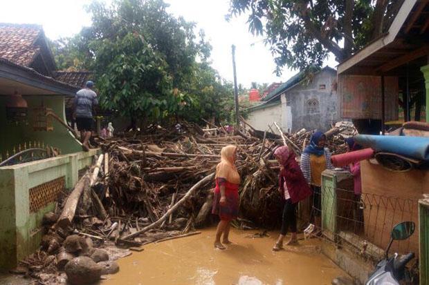 https: img-k.okeinfo.net content 2019 03 18 18 2031764 singapura-turut-berduka-atas-bencana-banjir-bandang-di-sentani-papua-tXWLdPx7mD.jpg