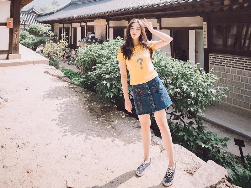 https: img-k.okeinfo.net content 2019 03 27 194 2035797 5-penampilan-korean-style-ala-ranty-maria-cantik-menggemaskan-3cGcCcaJ3p.jpg
