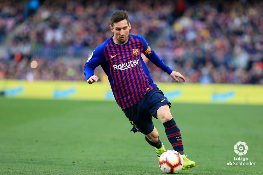 https: img-k.okeinfo.net content 2019 03 31 46 2037263 brace-messi-bawa-barcelona-menangkan-derby-catalan-G6zRFxFtD0.jpg