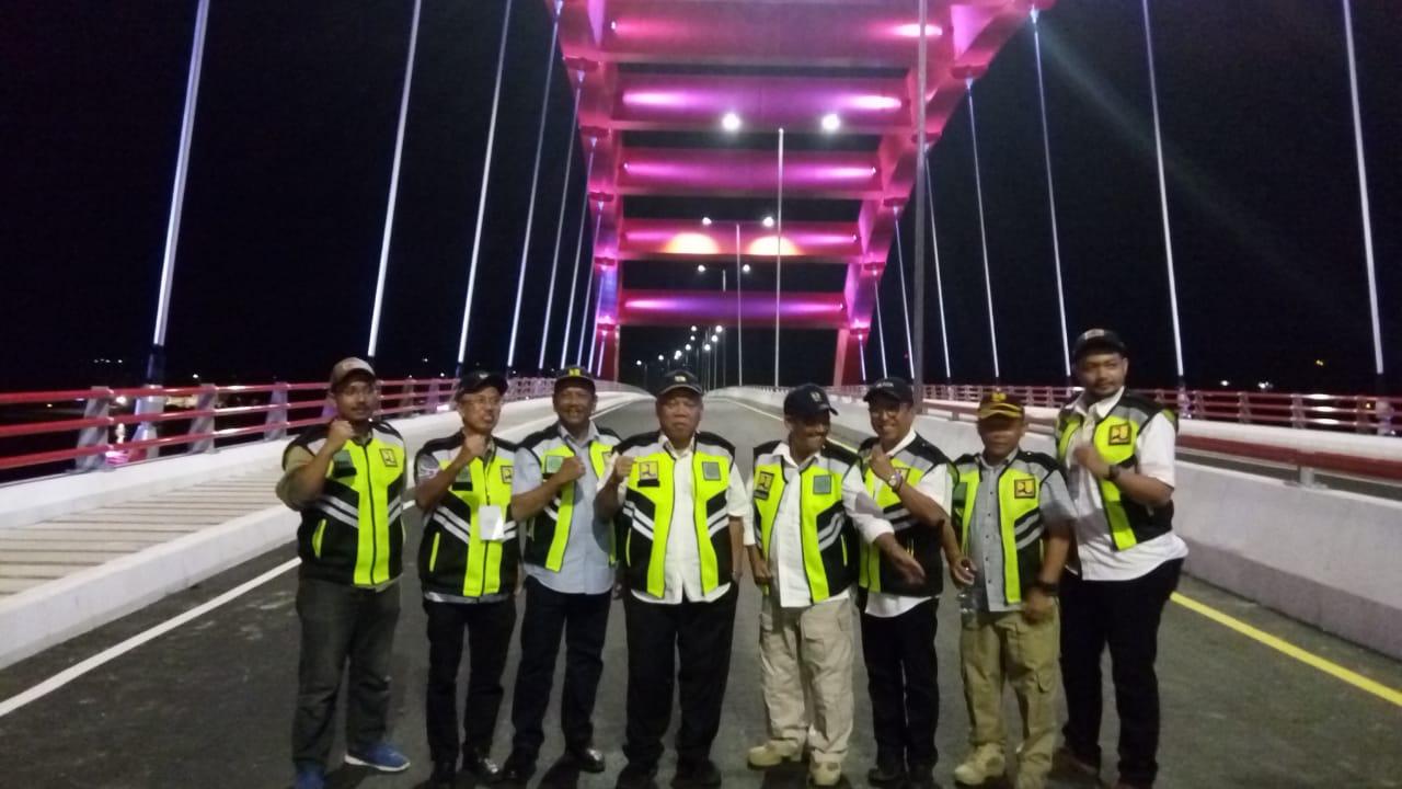 https: img-k.okeinfo.net content 2019 04 01 470 2037592 pembangunan-jembatan-holtekamp-papua-selesai-juli-2019-ZgFHTDgX3e.jpeg