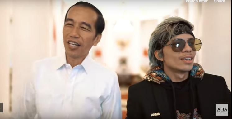 https: img-k.okeinfo.net content 2019 04 04 196 2038841 terungkap-alasan-jokowi-selalu-beri-sepeda-pada-masyarakat-indonesia-ROPBJEuQj3.png